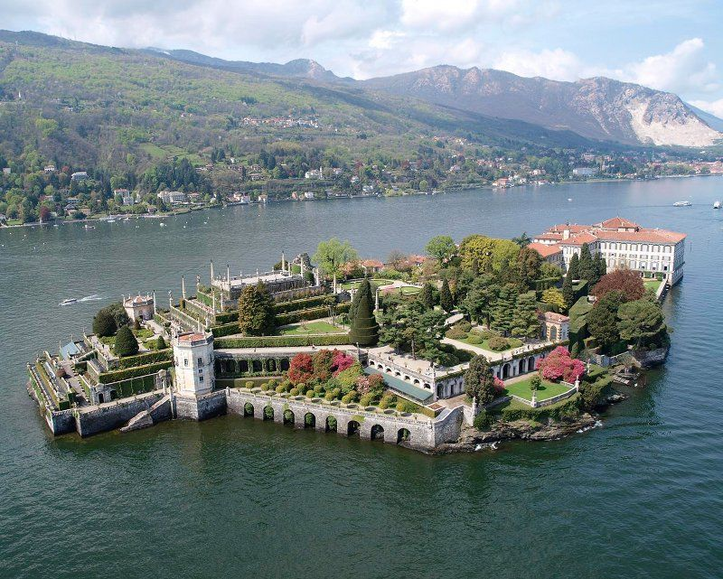 Stresa regina del lago maggiore for Designhotel lago maggiore
